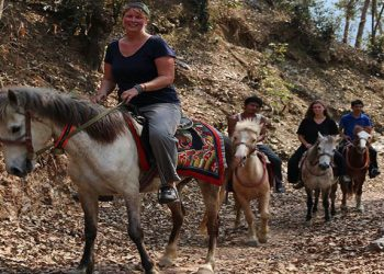 horse riding holidays in nepal