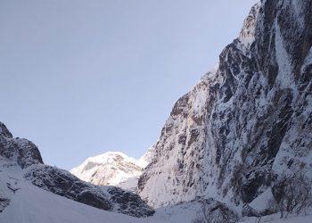 Trek to Annapurna base camp 6 days