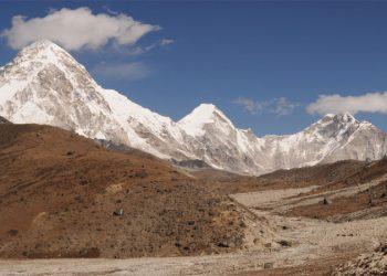 Everest circuit trek 15 days