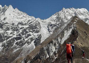 Langtang trekking tour 11 days