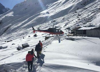 annapurna base camp helicopter trek