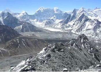 Chhukung-RI-Peak-Climbing