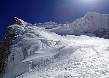 Larkya-Peak-Climbing