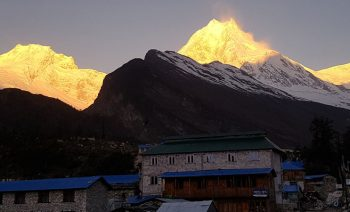 Manaslu Trekking Package